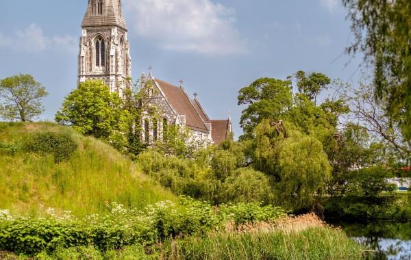 Прекрасный храм St Alban's Church в Копенгагене