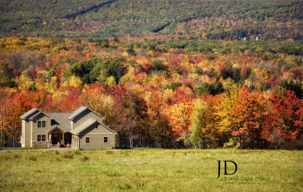Яркая прекрасная осень в Пенсильвании, США
