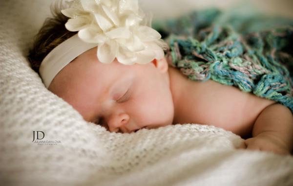 Маленькая спящая красавица