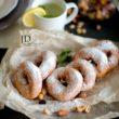 Сахарные пончики фотография